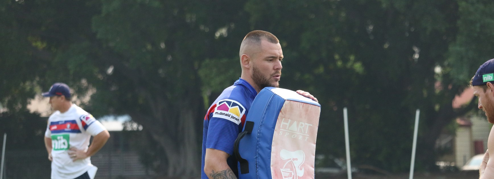 No wrist, no worries for David Klemmer