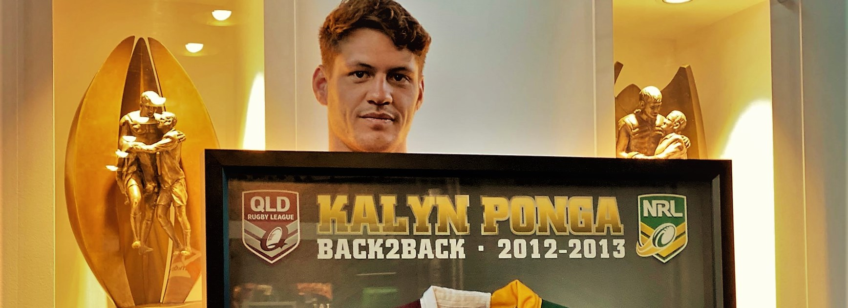 Bid now! Ponga auctions off two special pieces