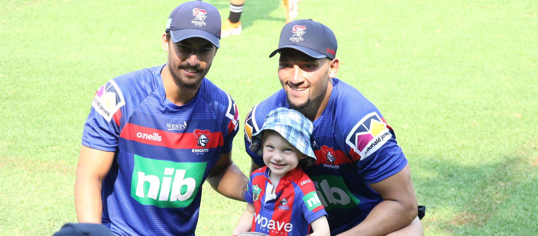 Shots: Knights greet fans for open training session